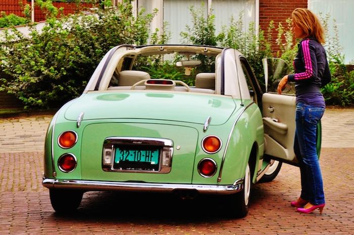 Nissan Figaro_achter_femmefrontaal