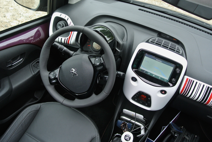 Peugeot108_interieur