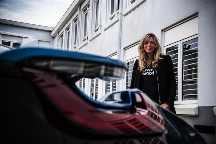 BMW i8_femmefrontaal_madelene