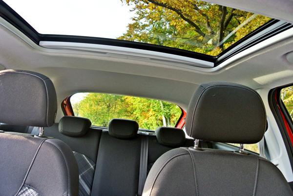 Opel Corsa_panoramadak