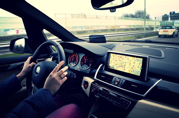 BMW 2 Serie_rijdend