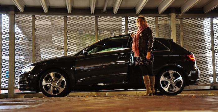 Audi A3_femmefrontaal_zijkant