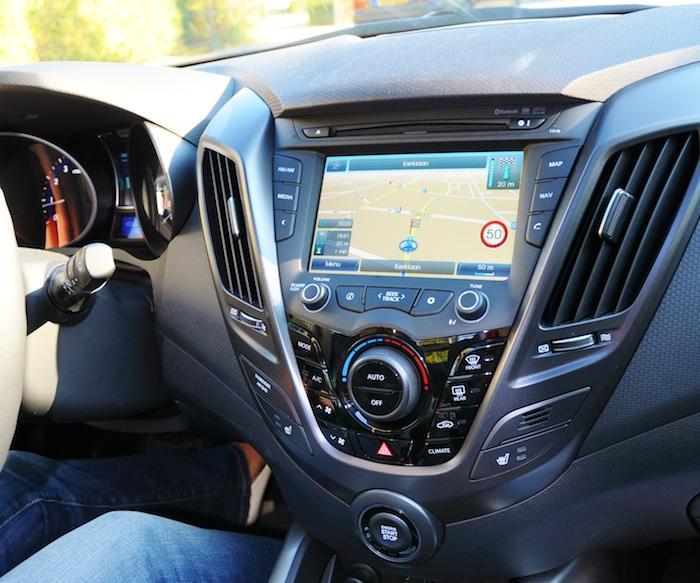 Hyundai Veloster_interieur