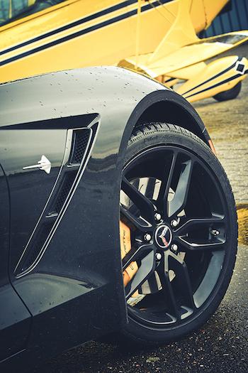 Chevrolet Corvette Stingray-symbool-FemmeFrontaal