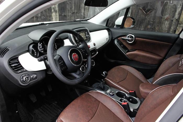Fiat500X-interieur