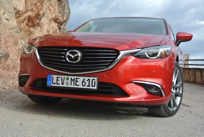 Mazda6-femmefrontaal