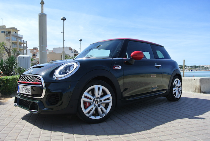 MINI JCW beachboy