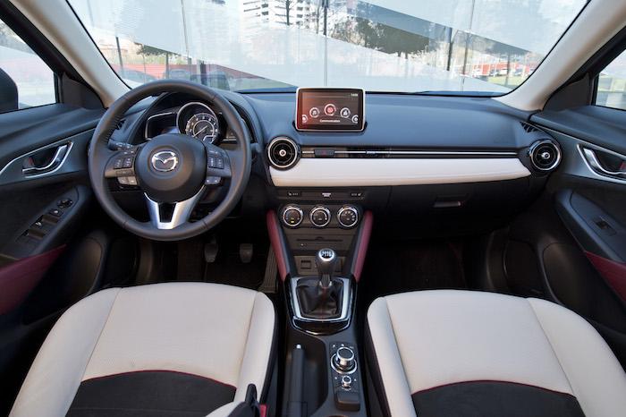 Mazda-cx3-interieur