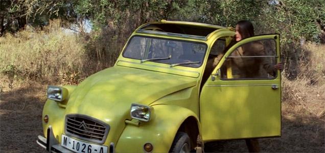Carole Bouquet speelde Melina Havelock