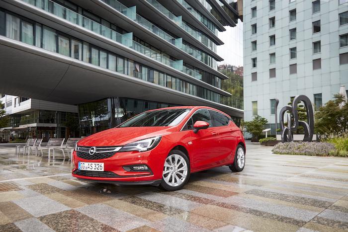 Nieuwe-Opel-Astra-FemmeFrontaal-3