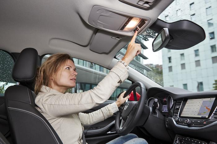 Nieuwe-Opel-Astra-FemmeFrontaal-7