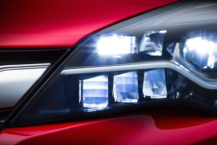 Nieuwe-Opel-Astra-FemmeFrontaal-9
