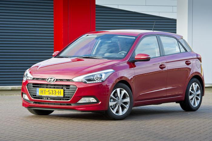 Hyundai i20 ook met een koreaan heb je kans op sjans for Interieur hyundai i20