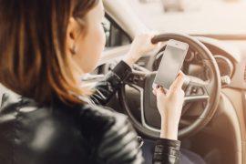 autoverzekering, hands free bellen, smartphonegebruik