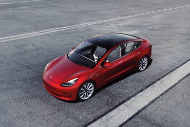 Tesla Model 3 is Zakenauto van het Jaar 2021