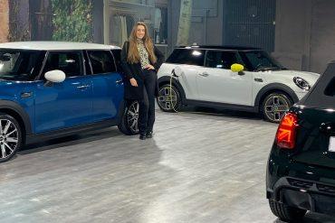 MINI Cabrio, 3- en 5-deurs 2021 heeft (onder andere) een nieuw smoelwerk