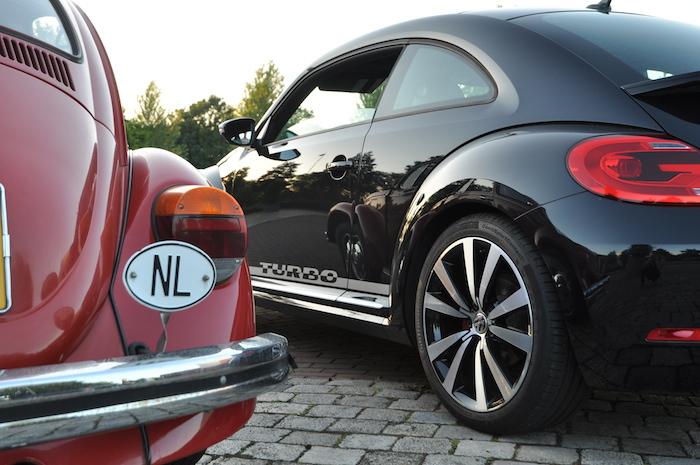 Volkswagen Beetle_femmefrontaal_oudnieuw
