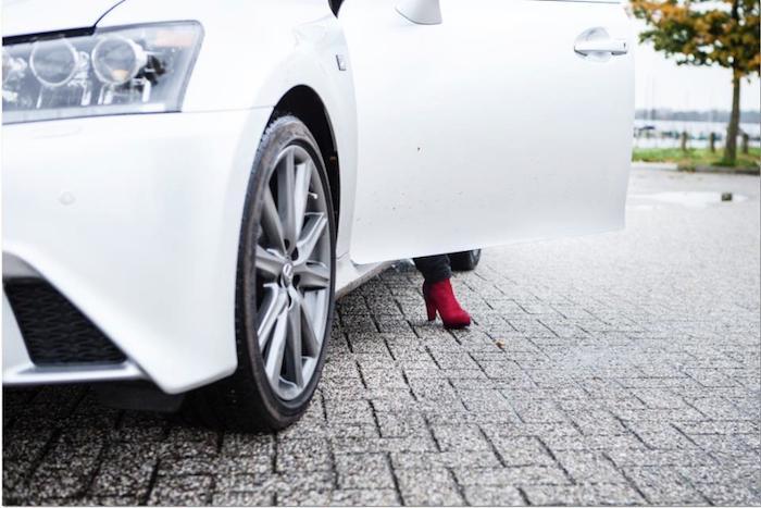 LexusGR450h_femmefrontaal