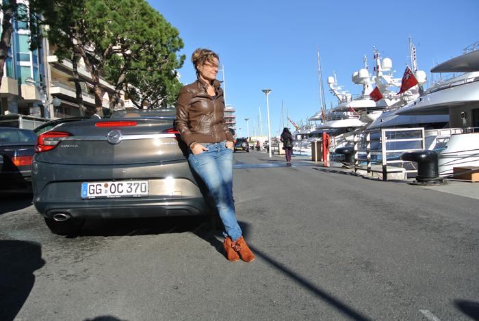 Opel Cascada_femmefrontaal_opendak