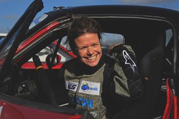 Odiel Mennink racelicentie-femmmefrontaal-ready
