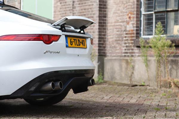 Jaguar FTYPE uitlaat