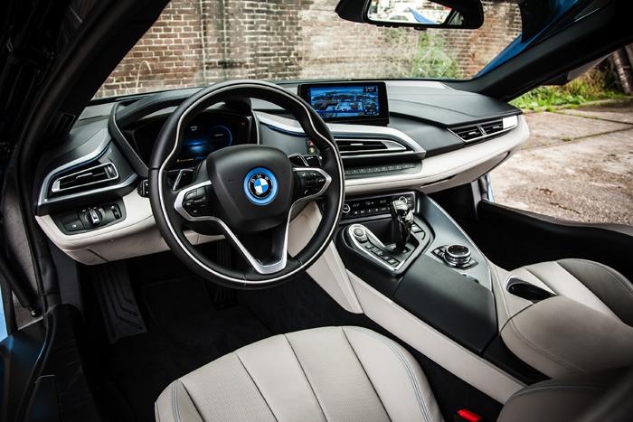 BMW i8_ interieur DC